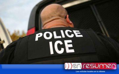 Hombre detenido por ICE pide ir al baño y escapa de aeropuerto